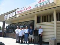 Tomas The Cook Family Restaurant